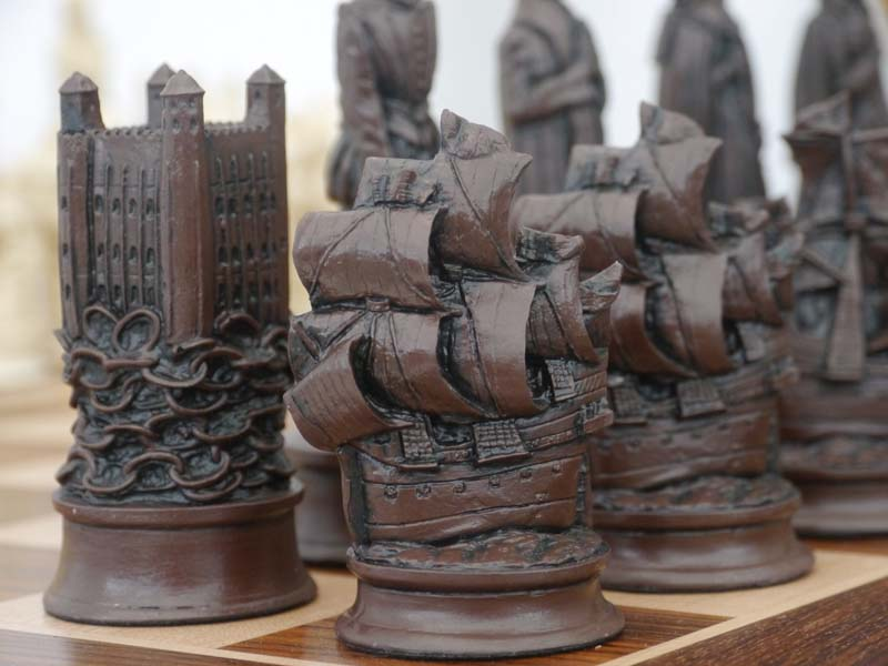 Elizabethan Chessmen Ivory And Brown New Zealand Chess